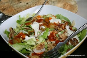 yummy Salad with goat cheese