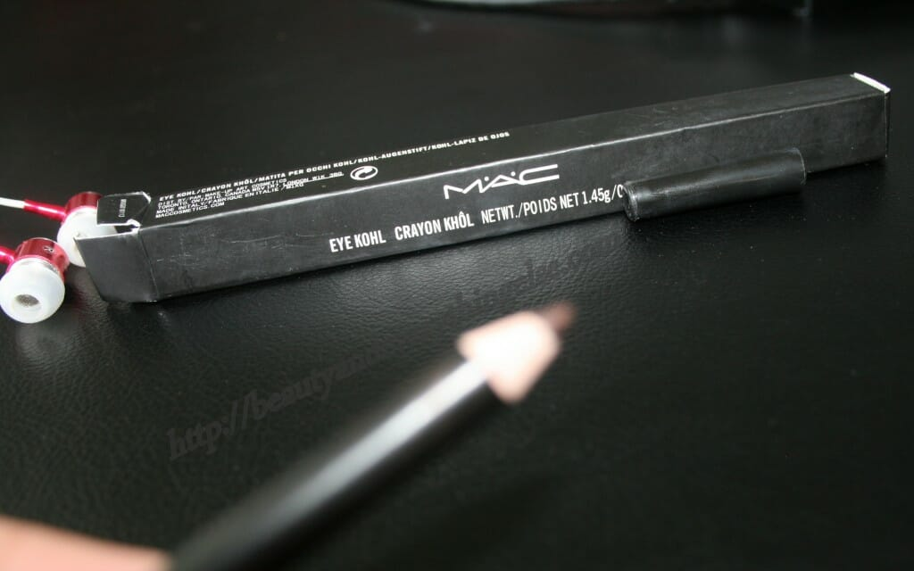 IMG 1545 1024x640 MAC Eye Kohl Teddy Review