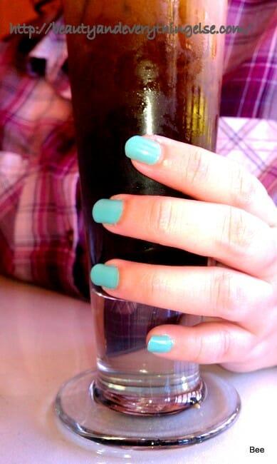 L'Oréal Colour Riche nail polish Club Prive