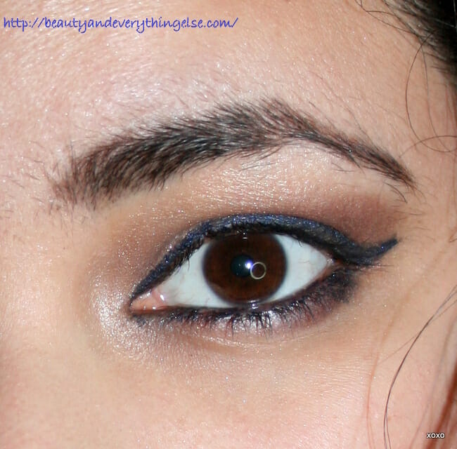Wing liner, smokey eye