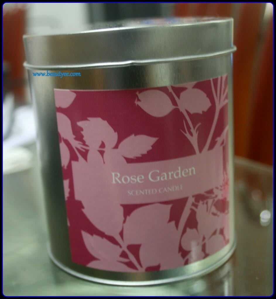 Rose garden scented candle